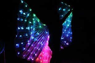 spectacle de Poï lumineux